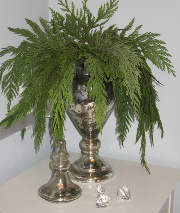 view in gallery - How To Decorate Glass Vases For Christmas
