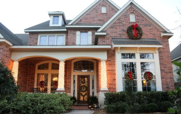 tips for decorating your entrance for christmas - Decorating Your House For Christmas