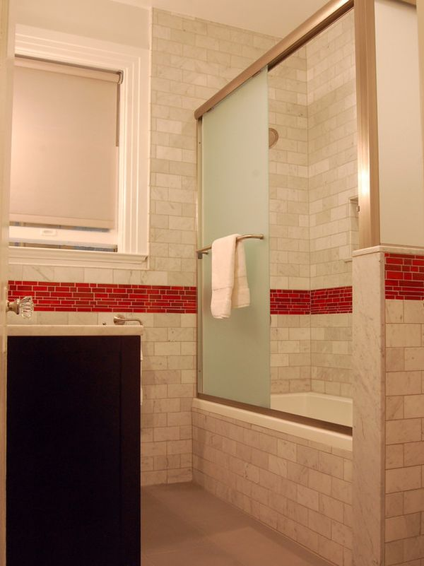 When to incorporate red in a bathroom for Red accent bathroom