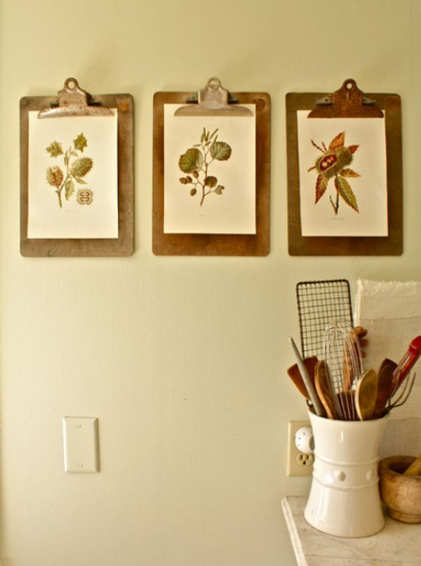 How To Hang Pictures In Your Home\'s Hallway
