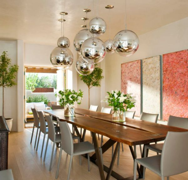 How to get a modern dining room looking right for Dining table lighting ideas