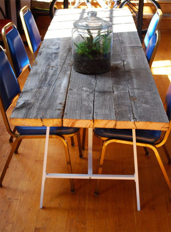 Another reclaimed wood table. 14 Inspiring DIY projects featuring reclaimed wood furniture