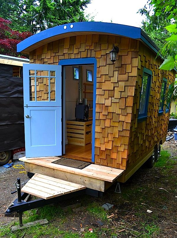 5 micro guest house design ideas for Tiny house blueprint maker