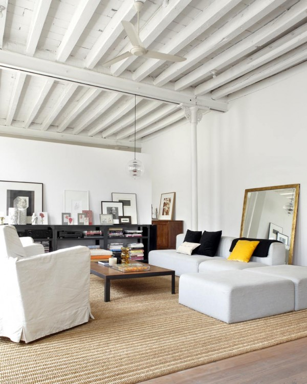 Former textile workshop now a stylish loft apartment in Barcelona