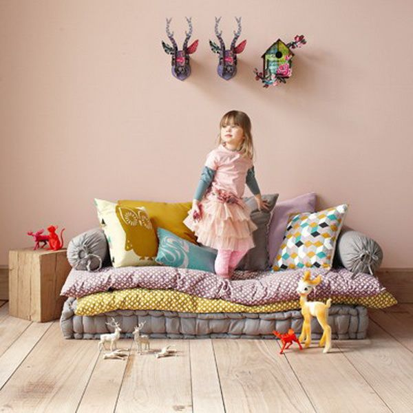 5 playful kids 39 room diys - Sofa cama ninos ...