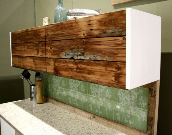 Reclaimed wood cabinet. 14 Inspiring DIY projects featuring reclaimed wood furniture