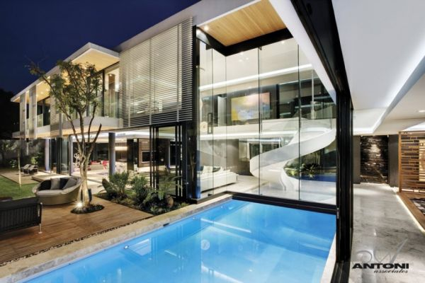 Wonderful Located In Johannesburg, South Africa, This Striking Contemporary Residence  Was Designed By SAOTA U2013 Stefan Antoni Olmesdahl Truen Architects And ANTONI  ... Ideas