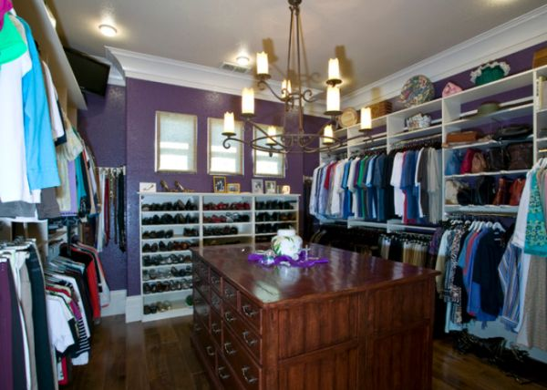 25 interesting design ideas and advantages of walk in closets for Diy master closet ideas