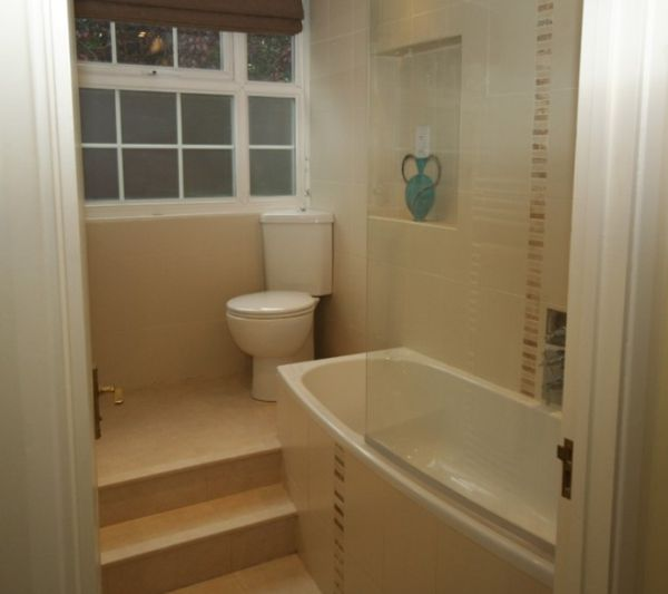 Decorating tips for smaller en suite bathrooms - Small bathroom suites for small spaces collection ...