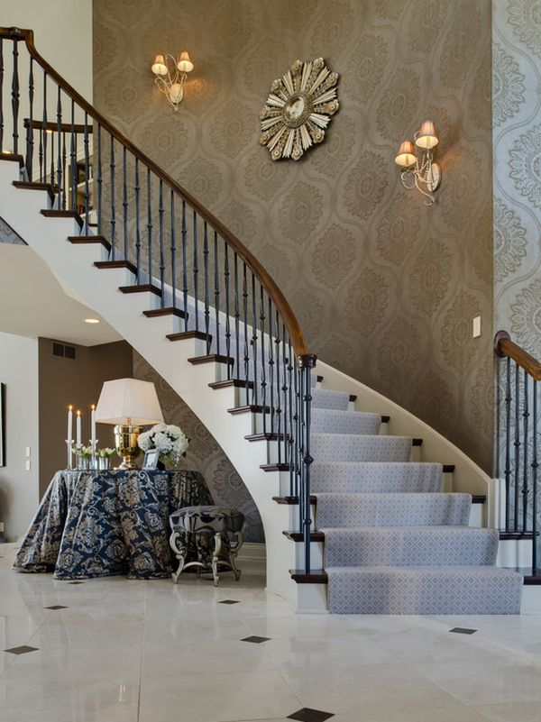 Ideas For Wall Decor On Stairs : Tips for utilizing a stairway wall