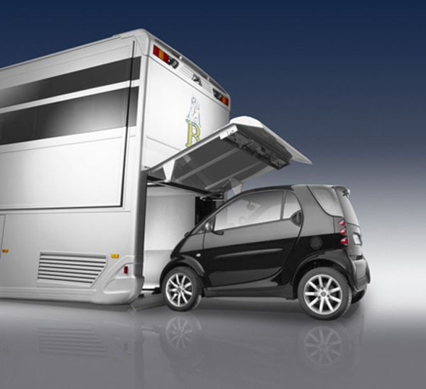 Uber Luxury Requirements >> Luxury Living on Wheels: 6 Stunning RVs that will Make You Drool