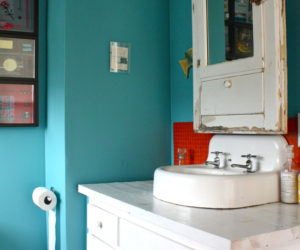 Aqua & Red: A Perfect Combination for Many Spaces
