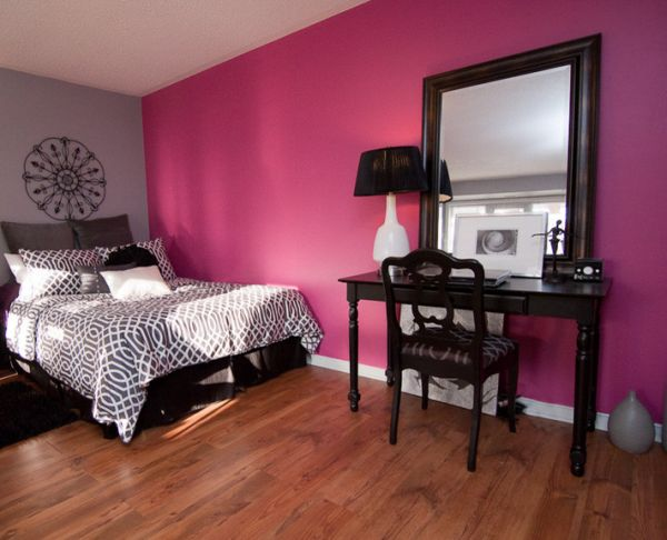 Colored Furniture color that work well in combination with black furniture