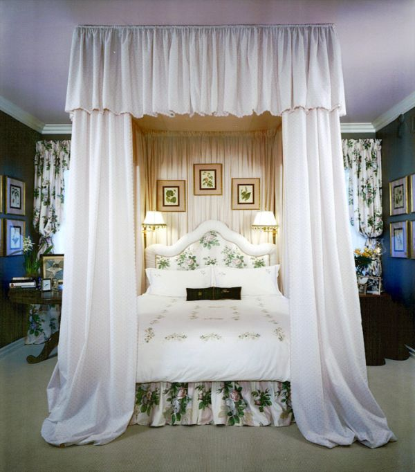 Decorating A 10x10 Bedroom: Romantic Canopy Beds & Canopy Beds For Sale Medium Size Of