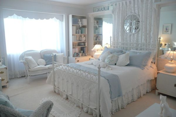 Top 20 romantic bedroom designs for valentine 39 s day for Romantic bedroom images
