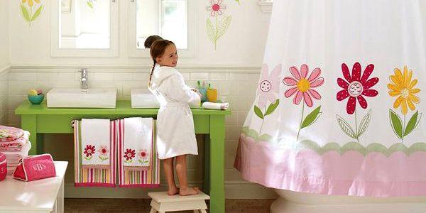 Classic Girls Bathroom Decoration