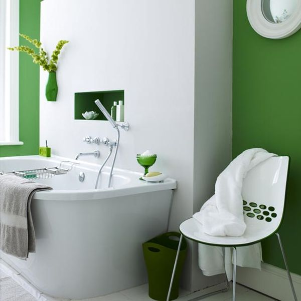 Bathroom Decoration in Green