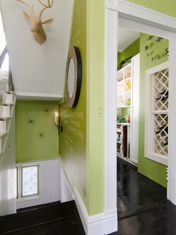 How to use green successfully in a hallway for Decoration maison vert anis