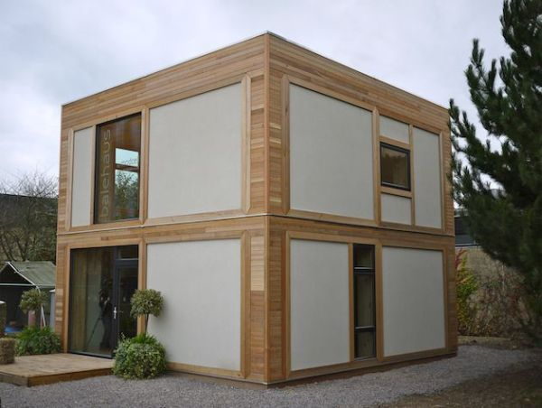 When You Imagine A Straw Bale House Itu0027s Usually Small And Shabby,  Definitely Not Similar To This Marvelous Creation. This Is A Prefab House  Built By UK ...
