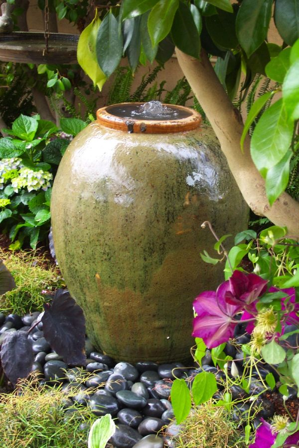 How To Create A Tropical Patio In 5 Easy Steps