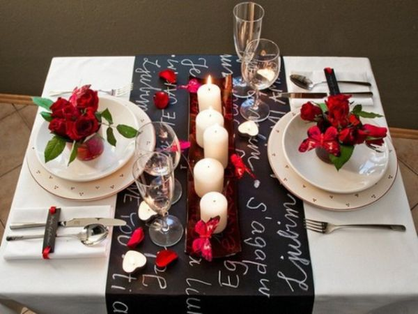 20 Valentine\'s Day Table Settings, Perfect For Romantic Dinners