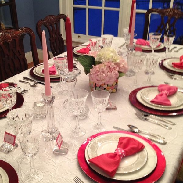 & 20 Valentineu0027s Day Table Settings Perfect For Romantic Dinners