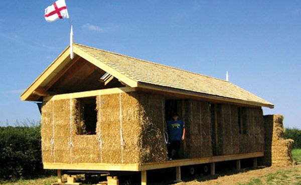 Straw Bale Holiday Home By Carol Atkinson.