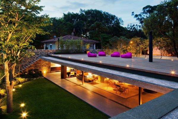 View In Gallery A Minimalist Roof Terrace