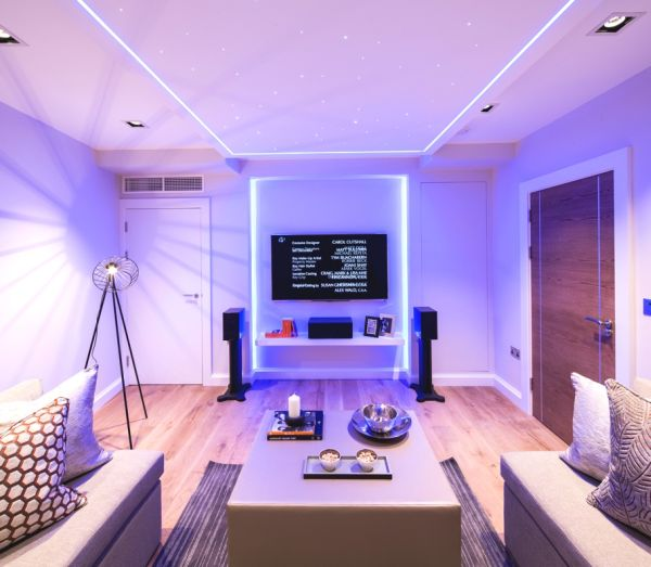 Impressive Contemporary Apartment In London