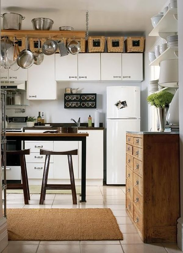 5 ideas for decorating above kitchen cabinets How to decorate the top of your kitchen cabinets