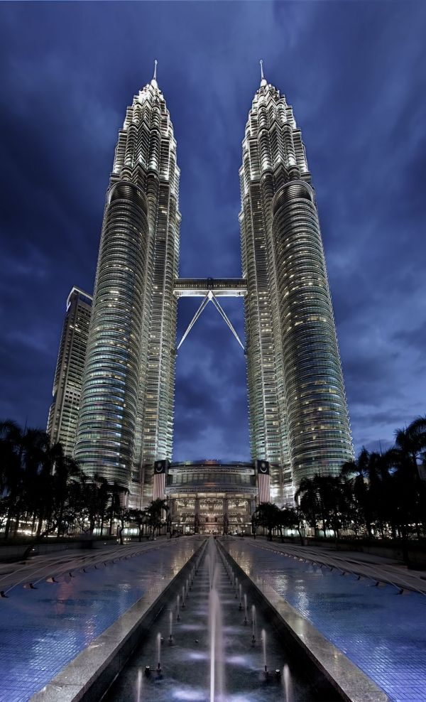 famous buildings. Perfect Famous Petronas Twin Towers On Famous Buildings R