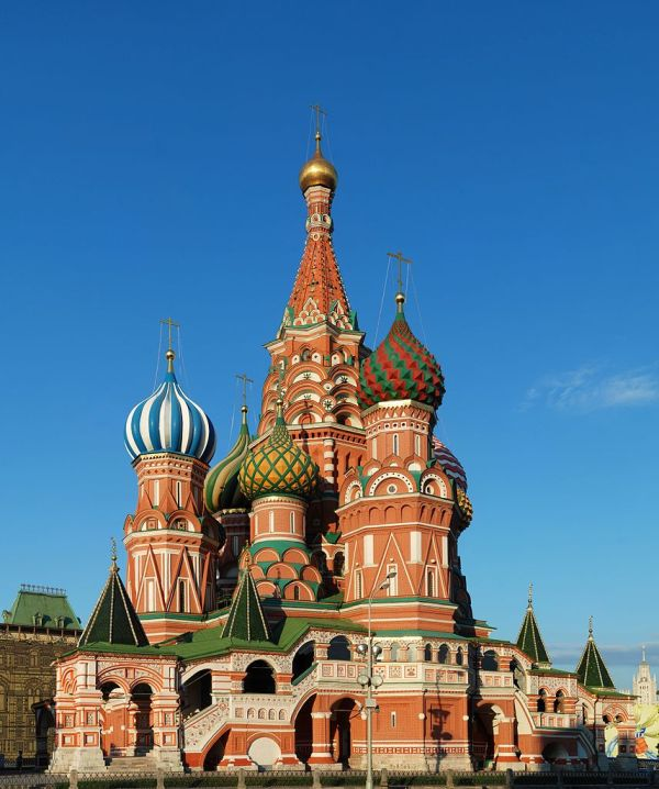10 Famous Buildings That You Absolutely Must See: famous architectural structures