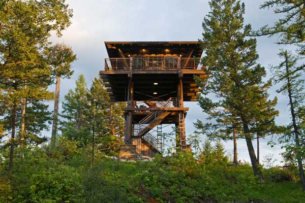 10 amazing lookout towers converted into homes for House plans with tower room