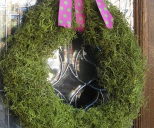 Out with the Old, In with the Spring! (5 DIY Door Decorations)