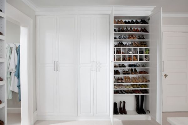 Etonnant Shoe Closets.