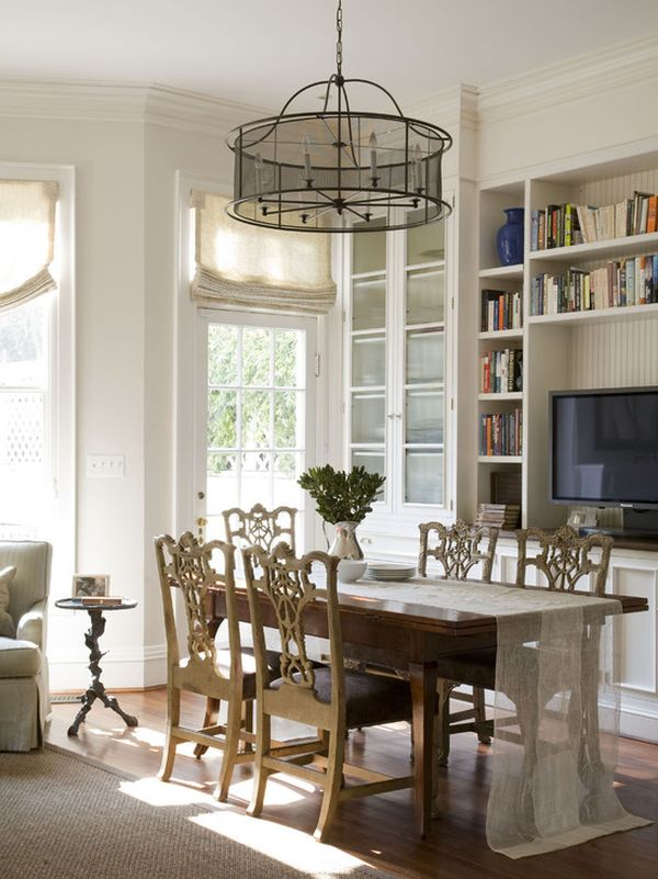 https://cdn.homedit.com/wp-content/uploads/2013/03/traditional-dining-room1.jpg