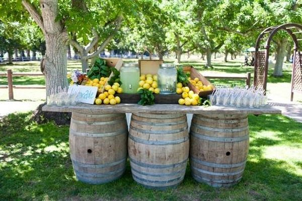19 interesting ways of using wine barrels in home d cor for Wine country decorating ideas