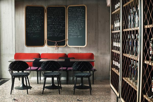 Small Restaurant Interior Design: 13 Stylish Restaurant Interior Design Ideas Around The World