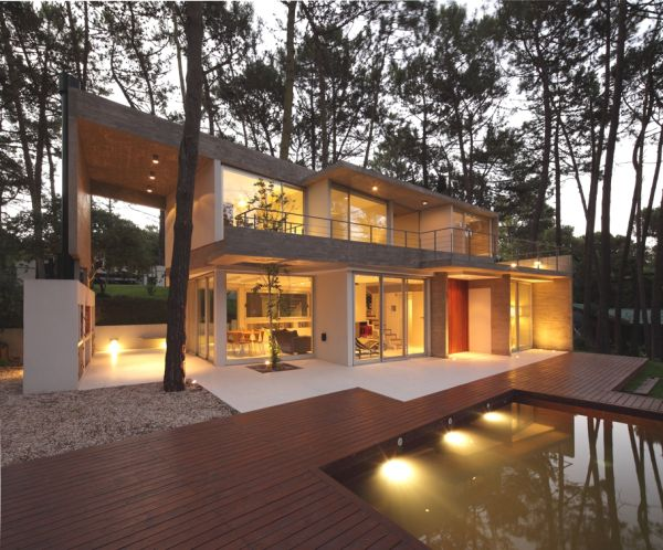 The Fresco House – a luxury home surrounded by nature