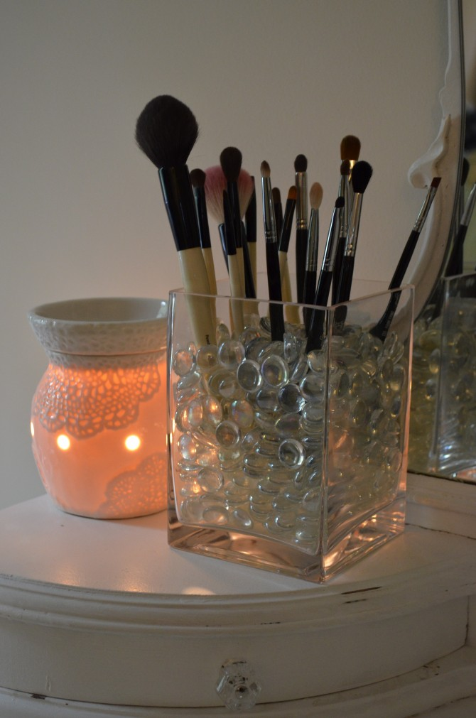 29 cool makeup storage ideas for small spaces solutioingenieria Gallery