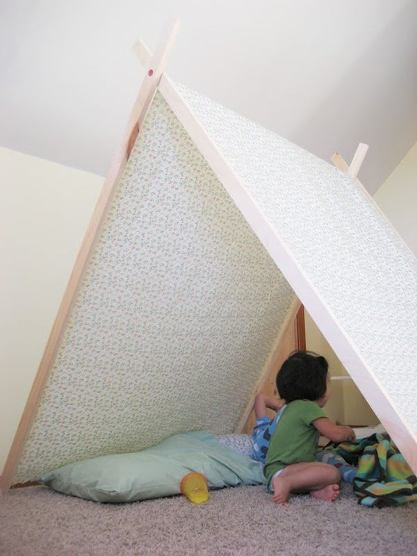 25 cool tent design ideas for kids room rh homedit com Tent Bedroom Ideas with Two Poles Only Bedroom Fort Ideas