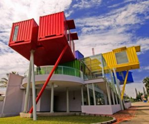 Eye-Catching Library Built From Recycled Shipping Containers