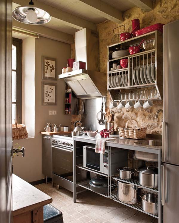 27 space saving design ideas for small kitchens for Small commercial kitchen design ideas