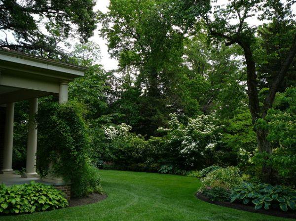 30 wonderful backyard landscaping ideas for Decorar un jardin con poco dinero