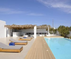 The Luxury Sunny Side Villa –A Vacation Home In Greece
