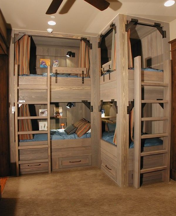 Bunk beds for four wonderful space saving additions to 4 beds in one room
