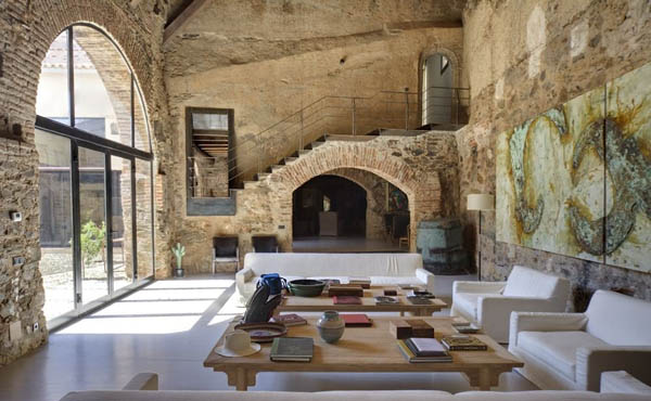 A wonderfully restored rustic house in Cáceres