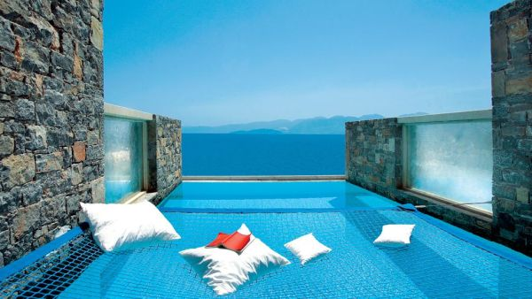 top 11 most amazing greece hotels featuring breathtaking views. Black Bedroom Furniture Sets. Home Design Ideas