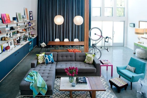 A very aesthetical combination of modern and industrial features in a California loft