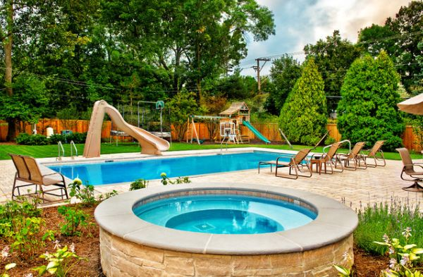 20 backyard pool design ideas for a hot summer for Children s garden pools